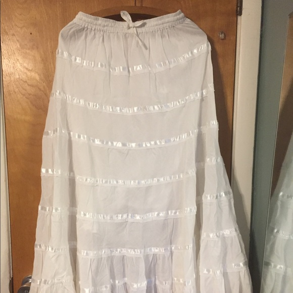 Sakkas Dresses & Skirts - Sakkas white maxi broom skirt